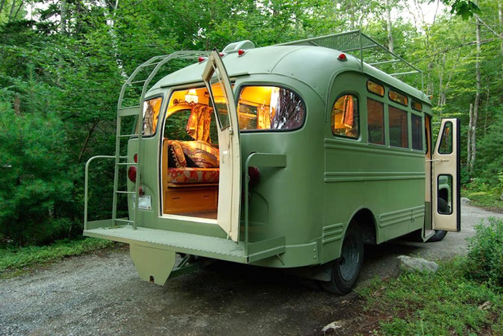bus transformé en maison roulante
