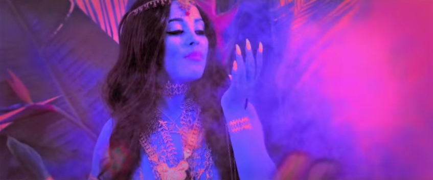 Doja cat culture indienne clip So higt - rap - weed - musique