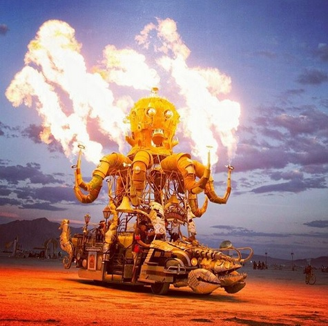 Burning Man charriot de feu