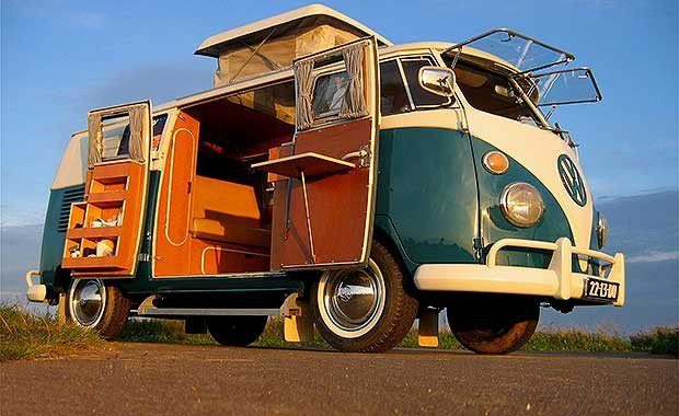 Combi volkswagen hippie version electrique