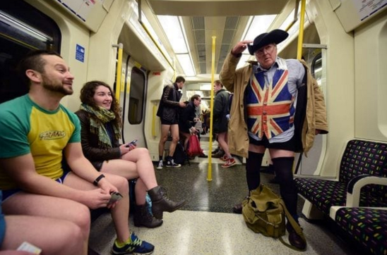 No pants Subway Ride 2016
