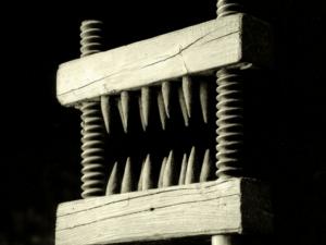 La machine à briser les genoux